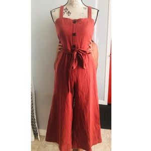 NWT Rachel Zoe Romper with Pockets 😍 Size 2